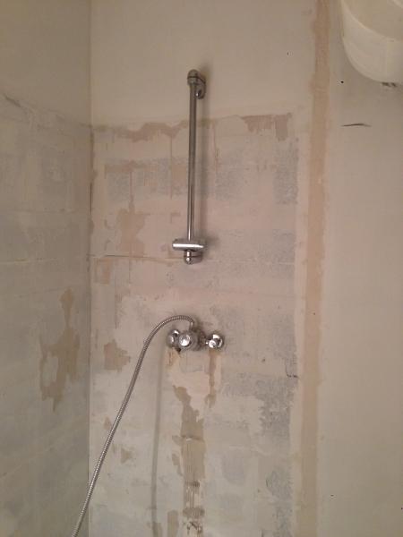 A+ Pose su0026#39;occupe de la ru00e9novation de salle de bain ...